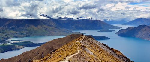 nuevazelanda aspiring wanaka roy´speak newzealand lago lake hike hiking senderismo travel viaje montañas nubes clouds camino trail sendero panorama paisaje landscape
