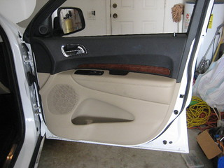2014 Dodge Durango SUV - Plastic Interior Door Panel - Take Off To Upgrade OEM Speaker