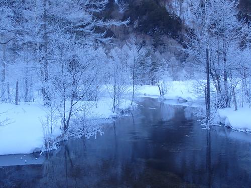 kamikochi landscape winter laketaisyoike hotaka japan alps matsumoto スノーシュー 上高地 冬 穂高連峰 大正池 松本 長野 日本 olympus stylus tg4 25100mmf2049