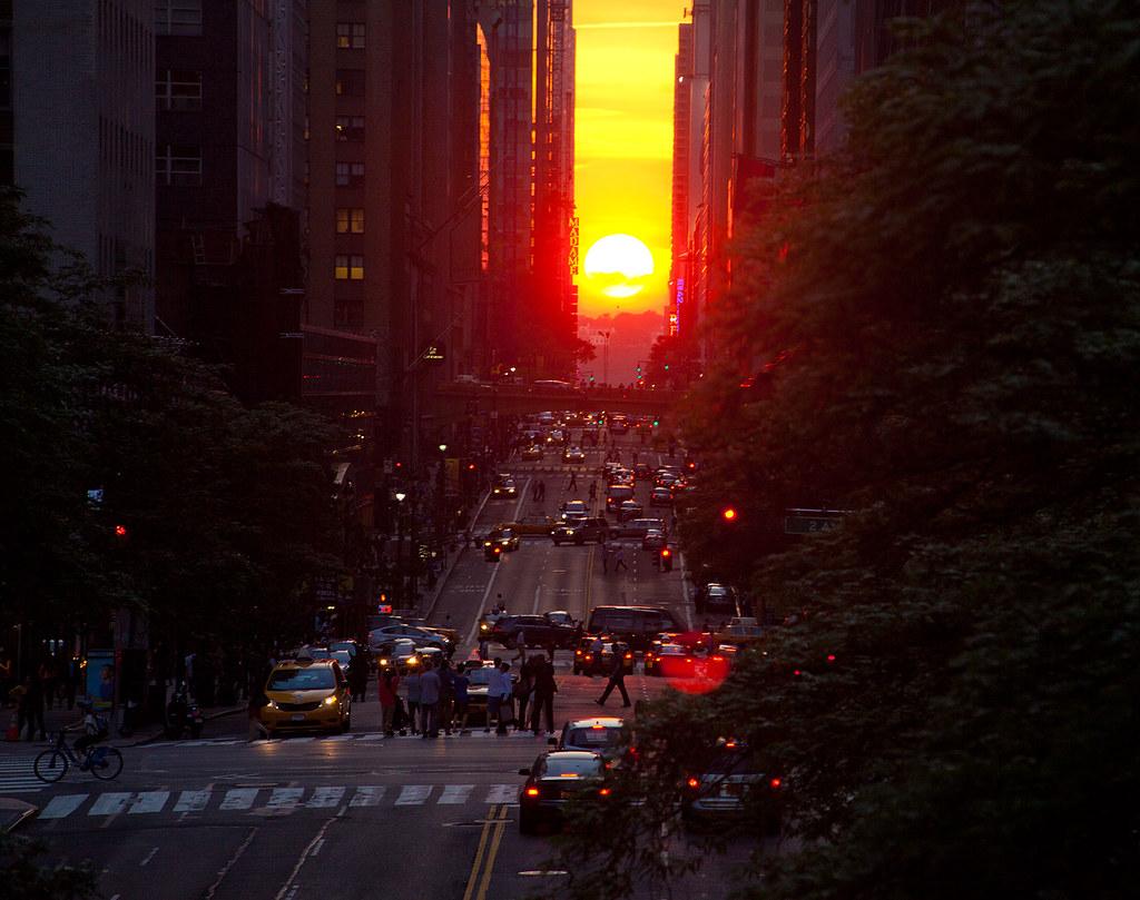Manhattanhenge 2013