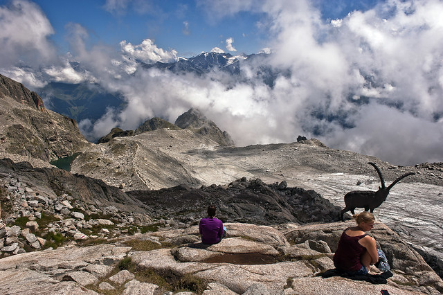 Taking a brake in the Cabane d'Orny.(2831m).August 3, 2012. No.4829.