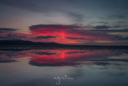sunriseinblackrock colouth dundalk ireland sunrise reflection tideout canon5dmark3 canon 1635mm wide angle sun clouds sky nature amazing totallyworhit morning amazingsky red
