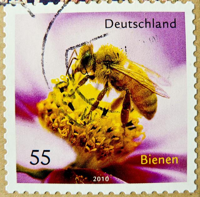 great stamp Germany € 55c Honigbiene (apis mellifera, honeybee, bee, Biene, ミツバチ, abeilles, honungsbi, abeja de la miel, 蜜蜂, медоно́сная пчела́) timbres Allemagne  우표 독일 유럽 sellos Alemania selos Alemanha γραμματόσημα Γερμανία frimerker Tyskland markica