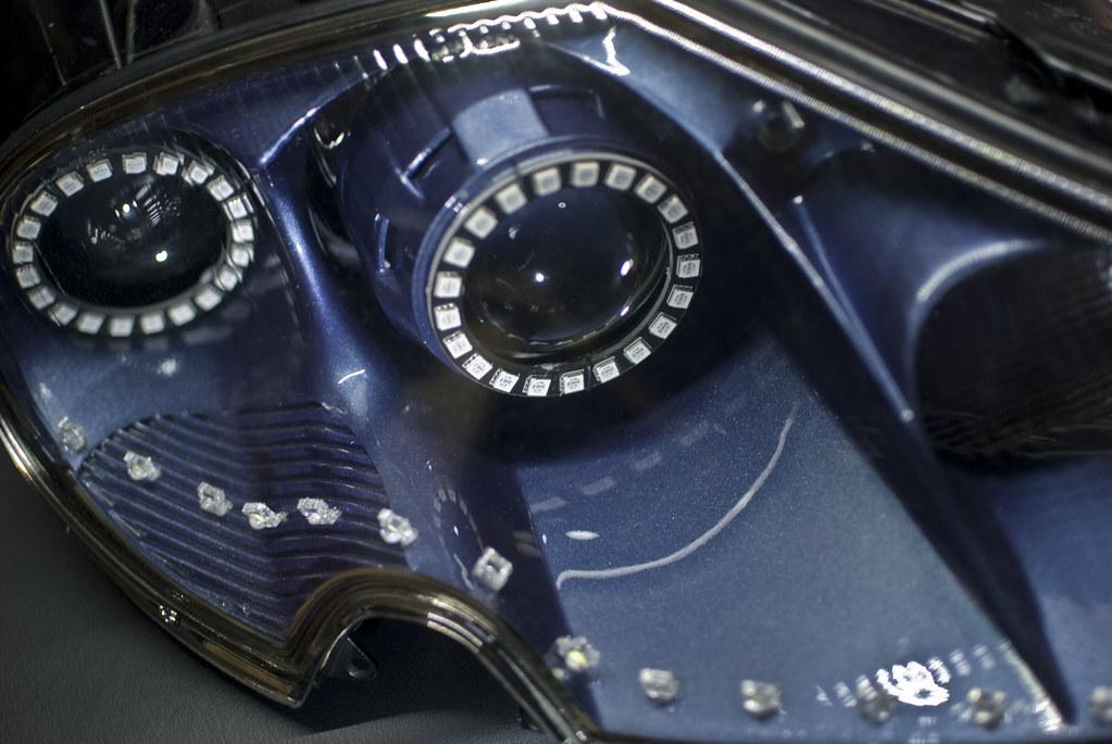 Fluidr / Jaguar XK8 Dual Projector Headlights with RGB Angel