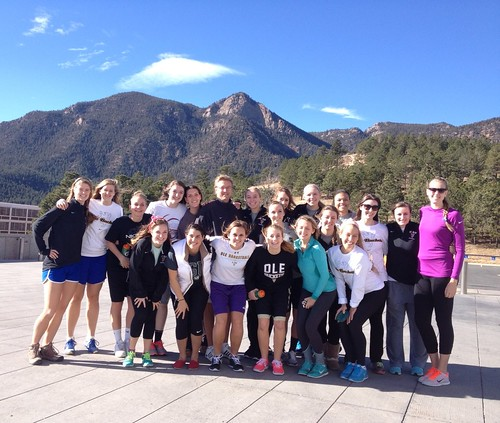 St Olaf women's basketball team