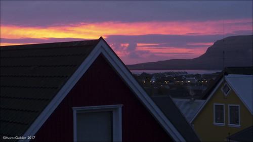 føroyar færøerne faroeislands sólarris sunrise tórshavn streymoy panasoniclumixdmcfz150 maritagulklett