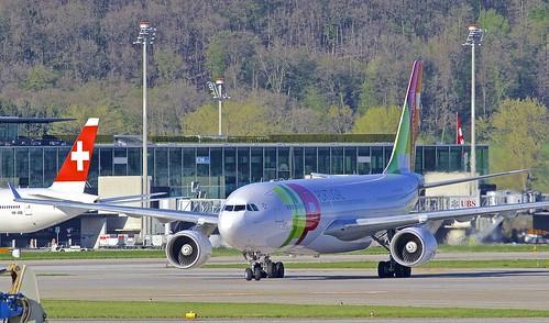 ZRH/LSZH: TAP AirPortugal Airbus A330-223 CS-TOI