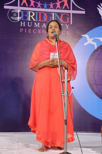 Rupa Nirankari from Solapur, expresses her views