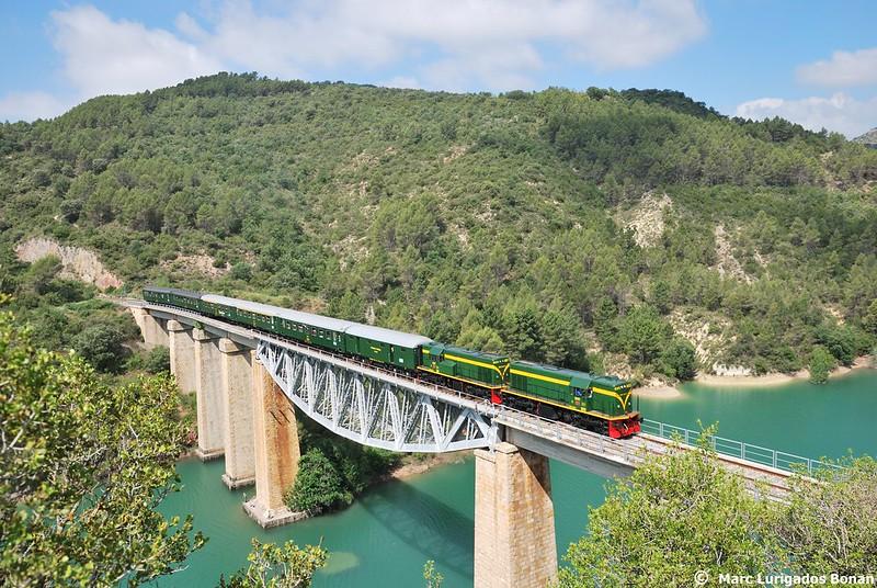 Tren dels Llacs en Santa Linya.