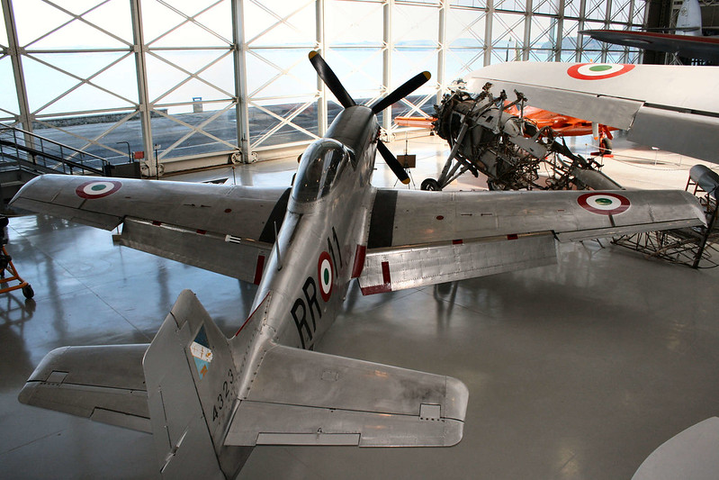 P-51D-25-NA (36)