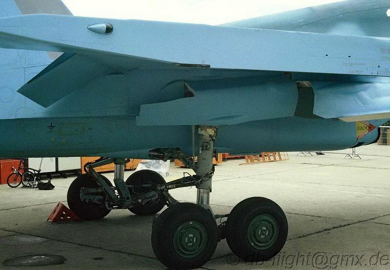 Sukhoi Su-32FN (8)