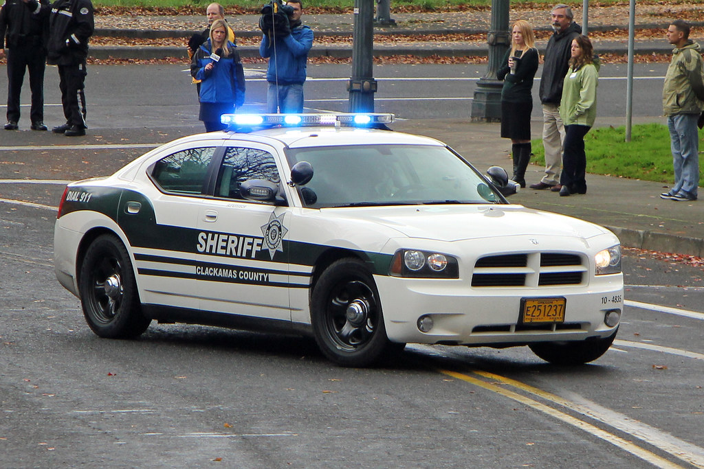 Clackamas County Sheriff | Dodge Charger © 2013 Paul Carter