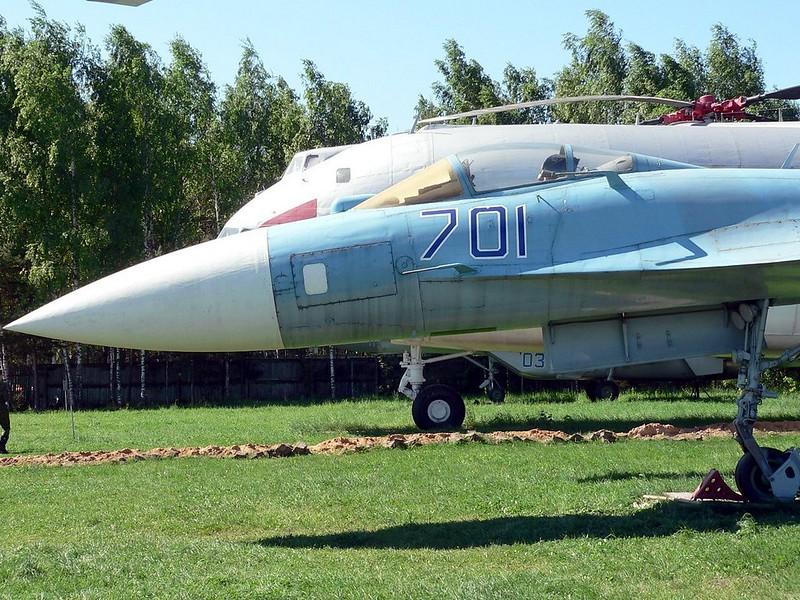 Sukhoi Su-35 Flanker 5