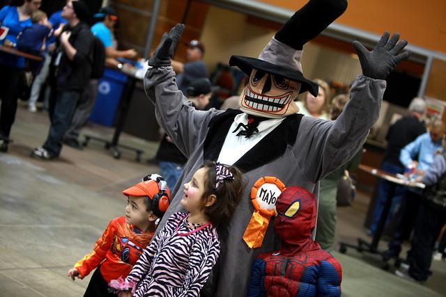 Mayor of Halloween Town cosplayer