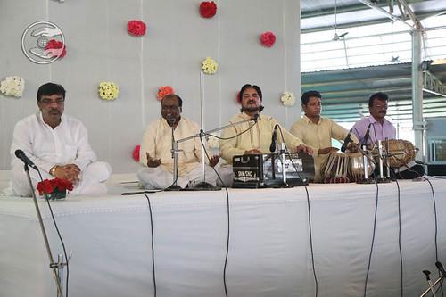 Devotional song by Swaran Baldev and Saathi from Delhi
