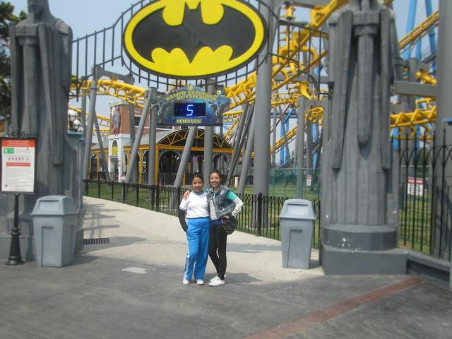 Vanessa y Valeria (Batman)