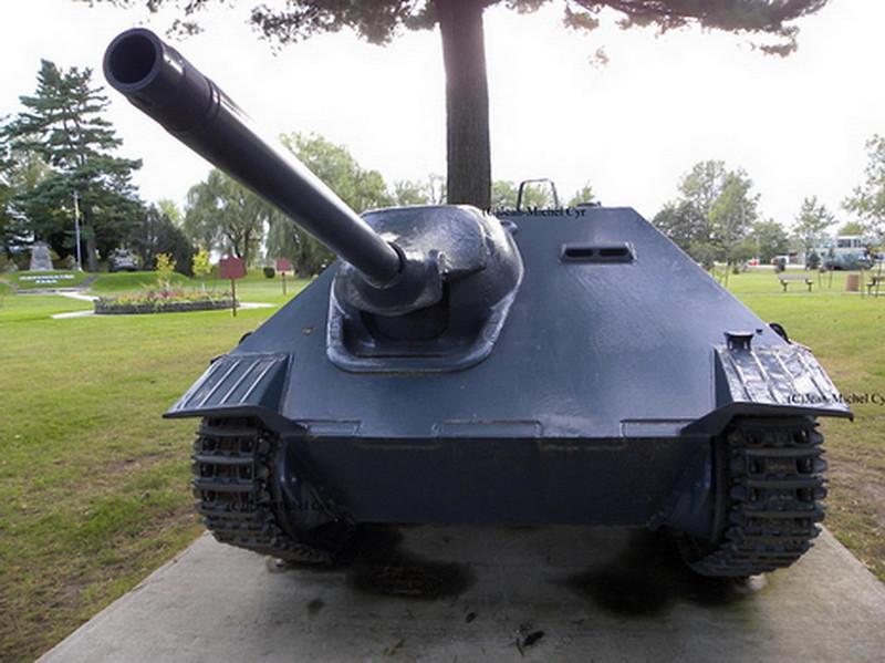 Jagdpanzer 38(t) - Hetzer (10)