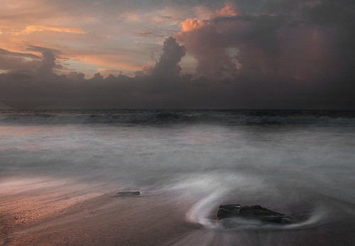 seascape storm night sunrise cloudy guileen nikon1735f28 nikond300