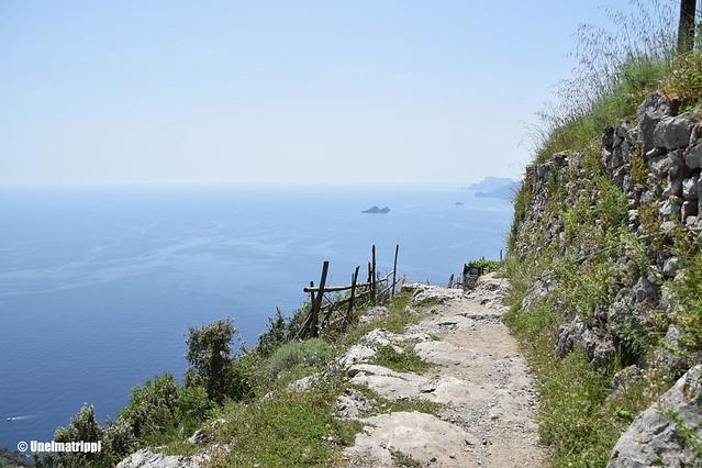 Sentiero degli Dein patikointireitillä ei ole juuri kaiteita
