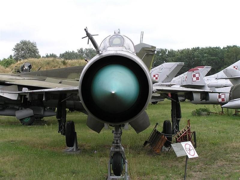 MiG-21MS 1