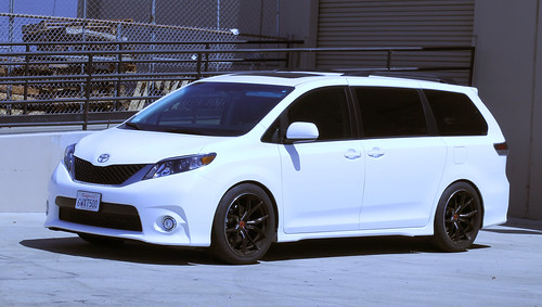 57FXX TOYOTA SIENNA | by Mackin Photo Images Share