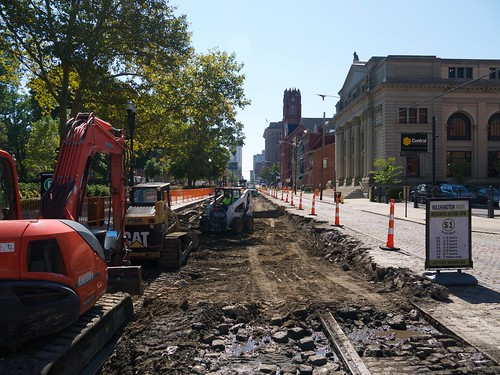 Streetcar Construction on Elm | by Travis Estell