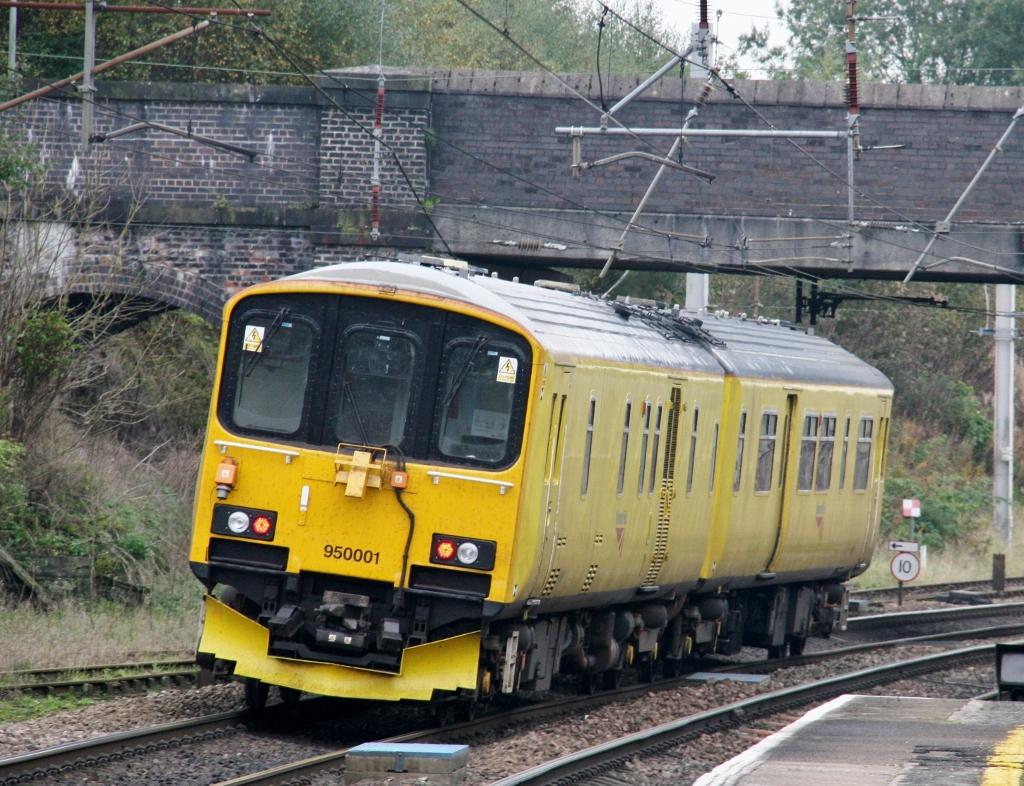 Network Rail        Test Train 95001 ( 150'1 Sprinter Base…   Flickr