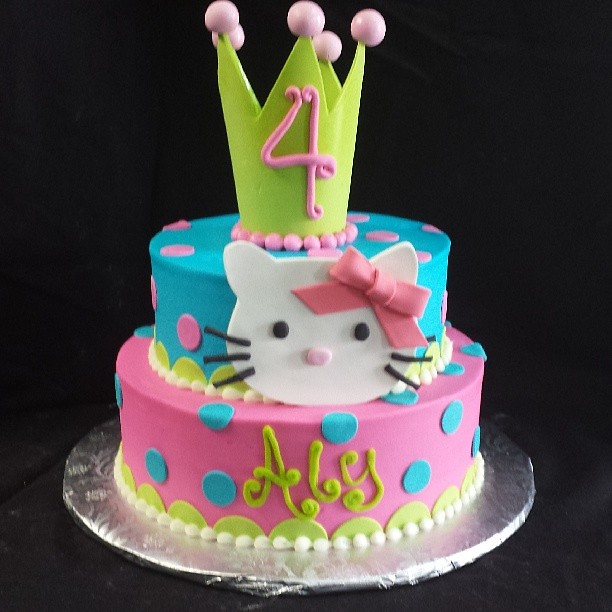 Strange A Super Cute Hello Kitty Cake For Alys 4Th Birthday Flickr Birthday Cards Printable Benkemecafe Filternl