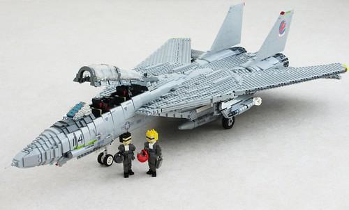 Top Gun F-14A Tomcat (1)