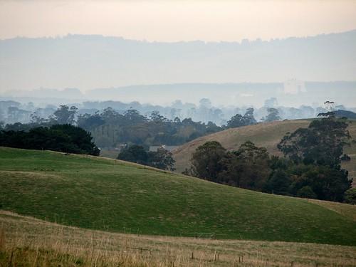 autumn mist misty rural canon landscape haze view farm smoke australia hills smokey canonpowershots2is hilly rollinghills paddock canonpowershot gippsland undulating warragul westgippsland darnum strzeleckis phunnyfotos