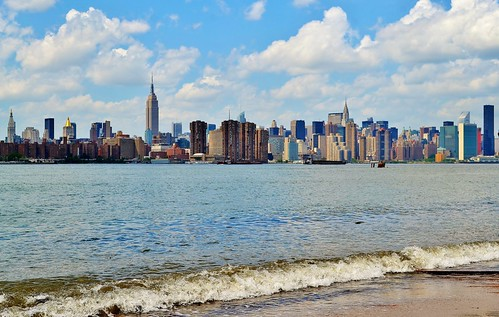 View from East River State Park | by gigi_nyc