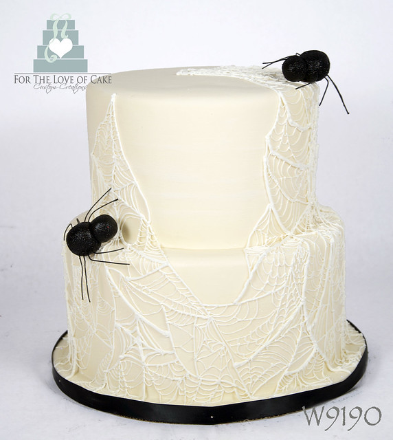 W9190-ivory-spider-web-halloween-wedding-cake-toronto