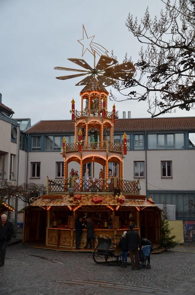 Weihnachtsmarkt Otzberg.Weihnachtspyramide Essensstand Karussell Weihnachtsmark Flickr