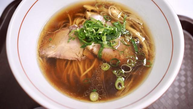 鴨と地鶏の醤油そば@(地球の中華そば×中村麺三郎商店(横浜そごう)