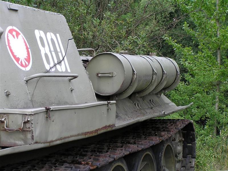 SU-85 4
