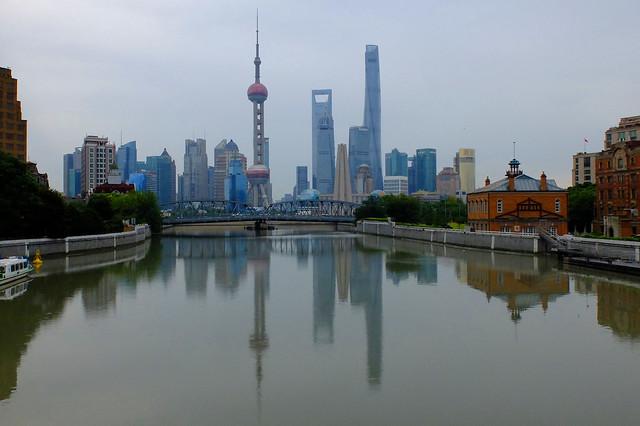 Shanghai - Morning at Suzhou Creek