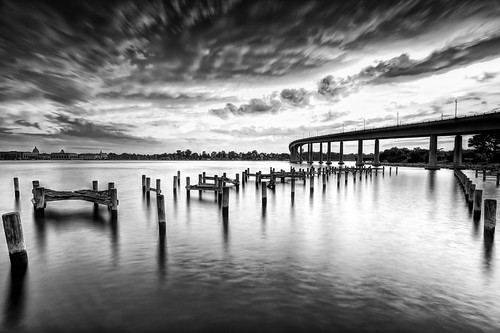 longexposure sunset blackandwhite bw mono maryland deck pilings annapolis cocktails sundayafternoon navalacademy severnriver withfriends navalacademybridge woodensoldiers severninn