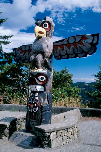 Totem Pole on Malahat Drive, Malahat, Greater Victoria, Vancouver Island, British Columbia, Canada
