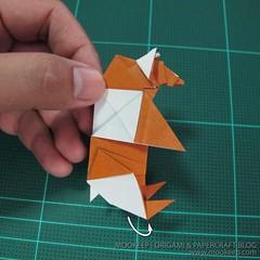 วิธีพับกระดาษเป็นรูปหมี (Origami Bear) 042