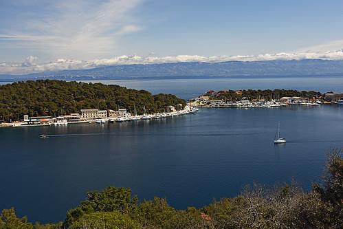croatia hrvatska kvarner losinj lošinj velastraža bay coast sea adriatic panorama outdoor hiking landscape