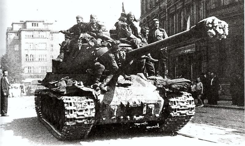 Tank IS-2 (7)