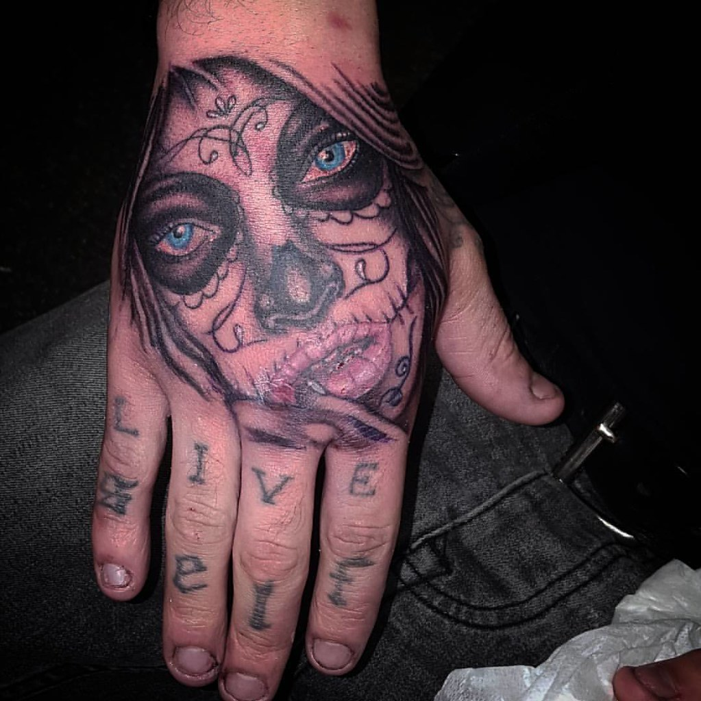 Day Of The Dead Hand Tattoo: Day Of The Dead Tattoo On Hand #dayofthedead #awesometatto