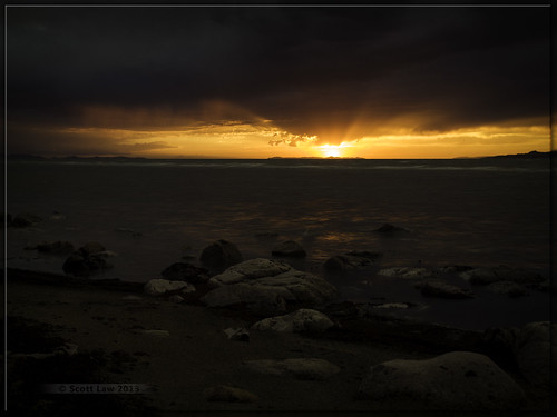 sunset sun lake storm reflection water utah rocks greatsaltlake gsl
