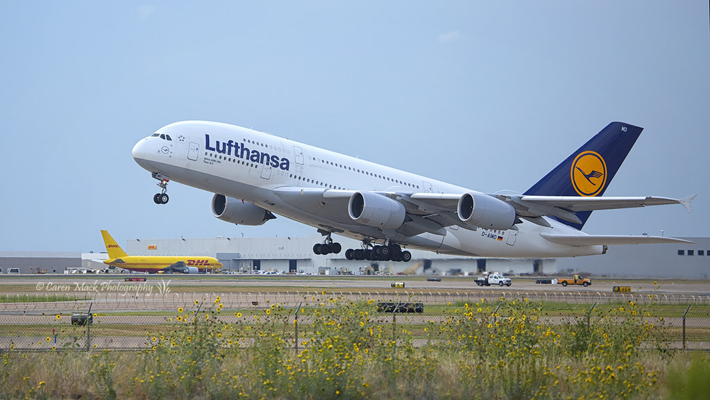 Lufthansa A380 Takeoff | The largest passenger jet in the wo