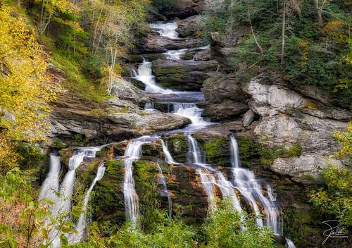 autumn fall canon waterfall highlands f11 24105 nantahalanationalforest cullasajafalls franklinroad canonef24105mmf4lis highway64 ef24105mmf4lisusm canoneos5dmarkii cullasajarivergorge mountainwatersscenicbyway