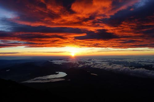Espectacular Sunrise in Fuji-san | by jose.jhg