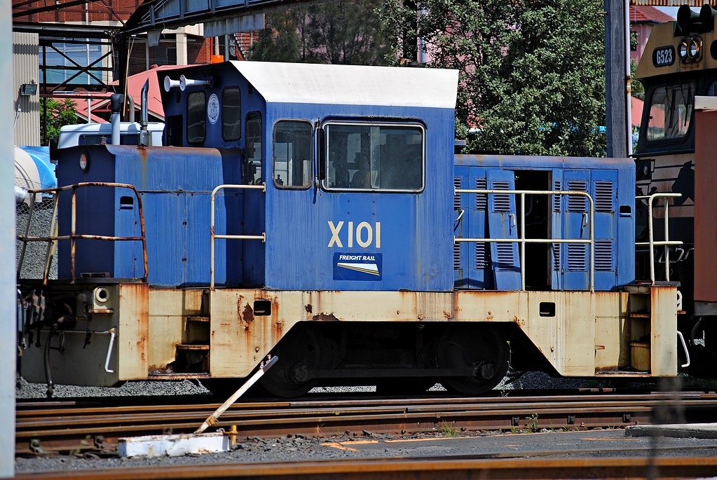 X101 - sidelined at Port Kembla by Graham Smith