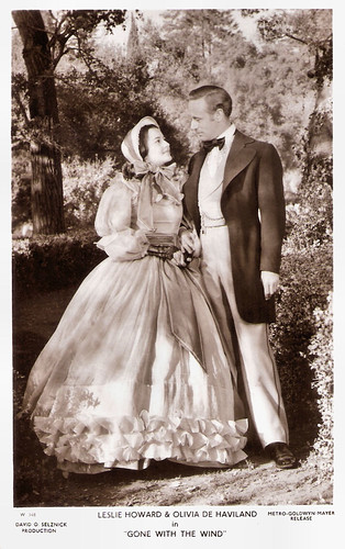 Leslie Howard and Olivia de Havilland in Gone with the wind (1939)