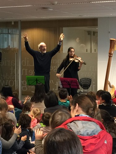 Crowd participation with music, Upper Riccarton Library