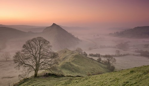 chromehill earlsterndale derbyshirepeakdistrict peakdistrict derbyshire hills mist misty dawn morningglory lonetree panoramic sunrise nikond7100 sigma1835mm parkhousehill